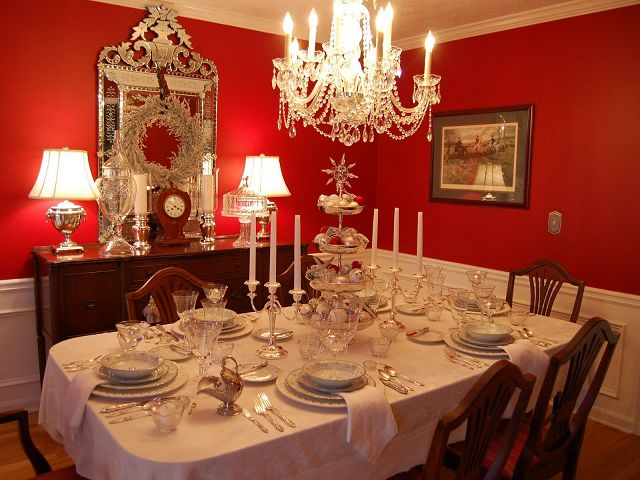 Red Dining Room Table Centerpiece