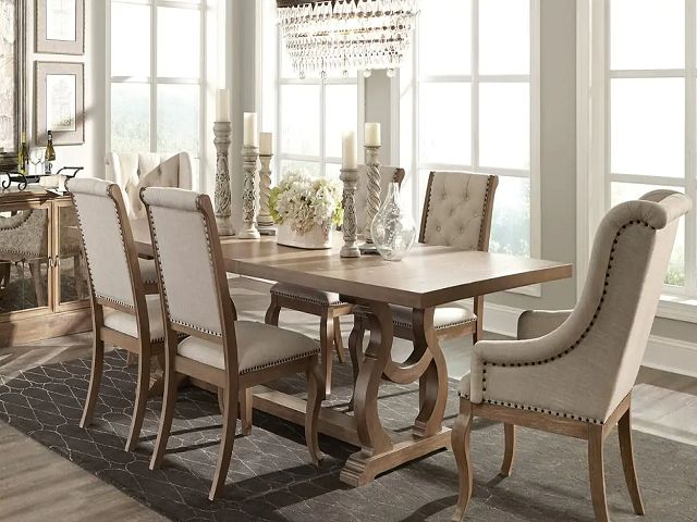 Dining Room Tables With Chairs