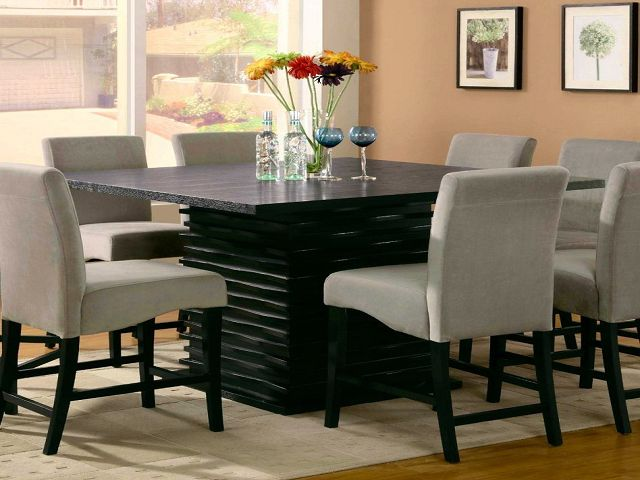 Oval Dining Room Tables And Chairs