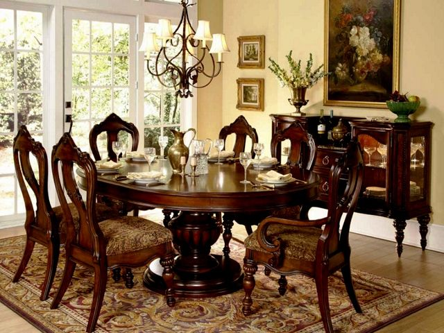 Laura Ashley Dining Room Table And Chairs
